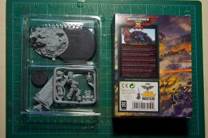 Warhammer 40.000 25th Anniversary Space Marine model - review (3)