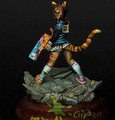 Suzi from Hasslefree Miniatures